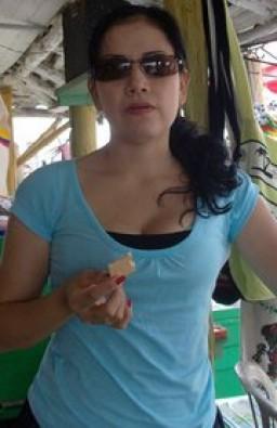 Adriana  Quintero