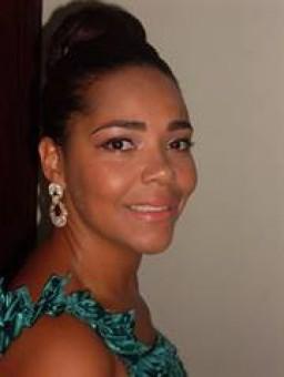 Acássia  Moreira