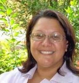 Adriana  Ribeiro Tavares